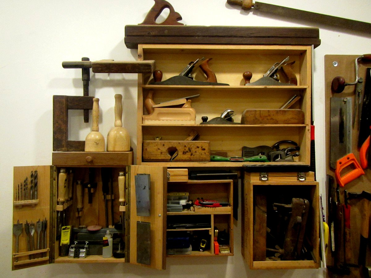 attrezzi per la lavorazione del legno