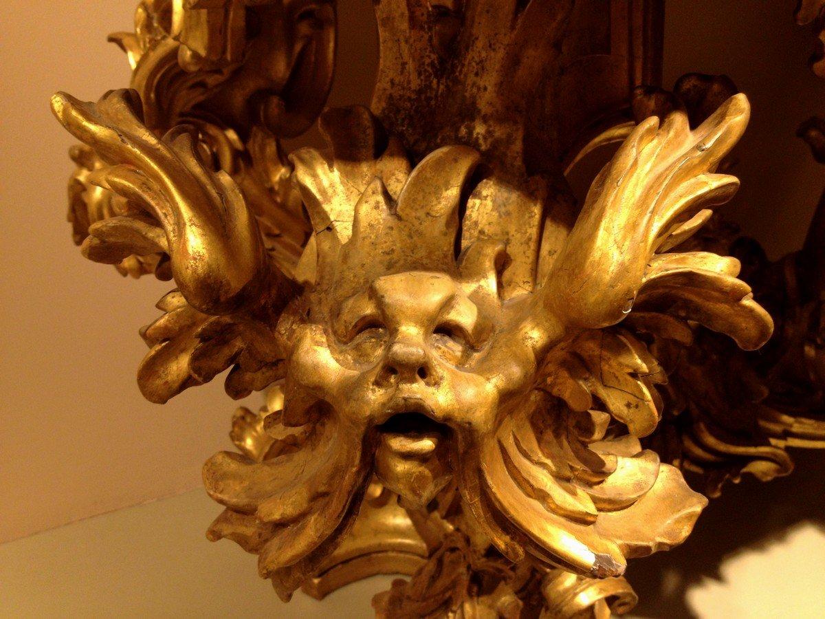 intaglio in legno dorato